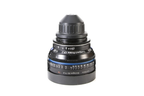 """Aperture: T 2.1 to T 22 Close Focus: 1.0 m 3'3"""" Length: 83.7 mm 3.30"""" Front diameter: 95 mm 3.7"""" Weight: 0.88 kg 1.9 lbs"""