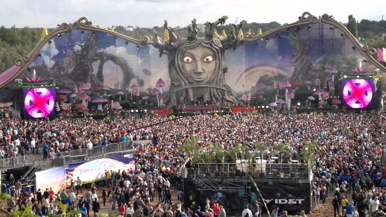 #TBT    Avicii @ Tomorrowland 2011
