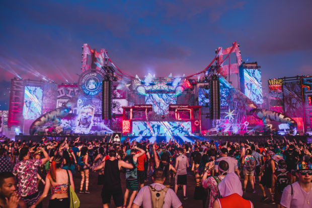 1 man dies at electronic music concert in Vegas