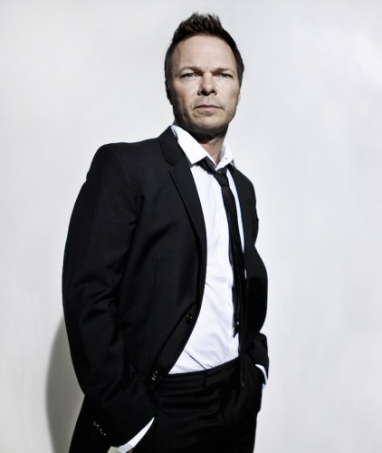 Pete tong presents ibiza classics hollywood bowl for Ibiza proms cd