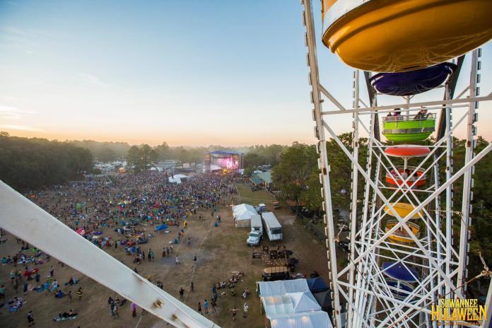 Suwannee Hulaween Ferris Wheel