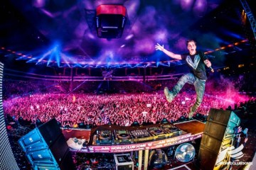 world club dome martin garrix