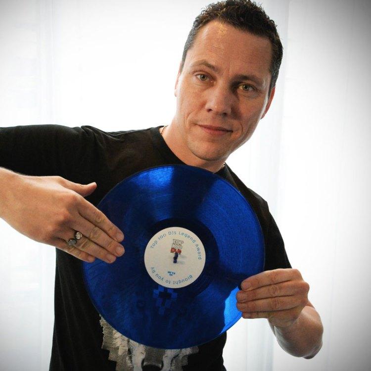 Tiesto-Top-100-DJs-Legend-Award-IMG
