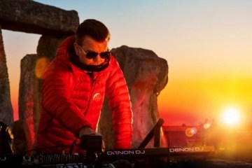 paul oakenfold sunset at stonehenge