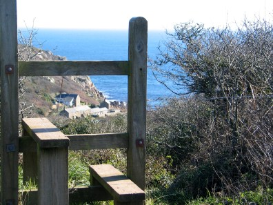 Walking from Treen to Penberth Cove