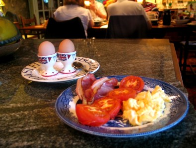 Boiled eggs and cooked breakfast