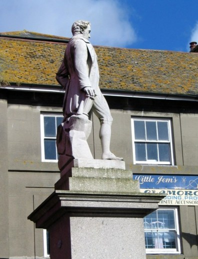 Humphry Davy statue