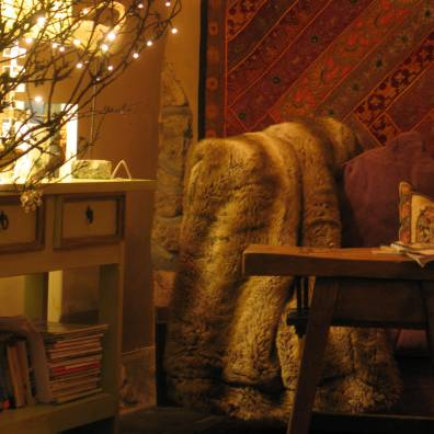 Ednovean farm sitting room at Christmas