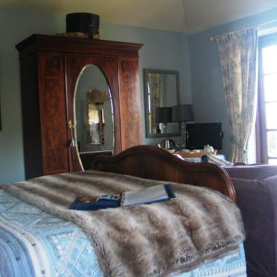 blue bedroom with vintage styling