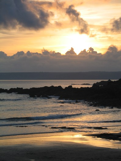 A walk down to to the quiet peaceful beach is a perfect way to start the evening followed by supper in the pub perhaps