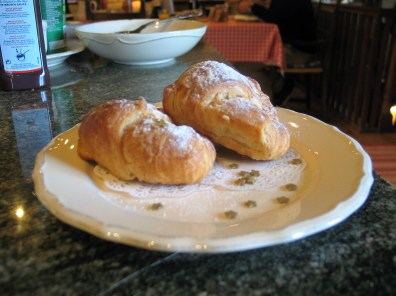 A continental breakfast aof freshly baked croisants