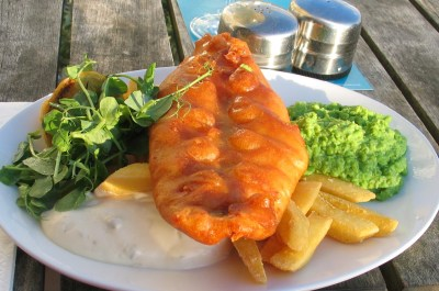 We enjoyed traditional Fish and chips sitting on the terrace of teh Godolphin Arms in Marazion the other evening