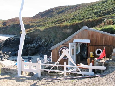 Pendeen fisherman's institute above Boat cove