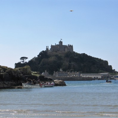 Ferries plying between Chapel rock and St Michael's Mount