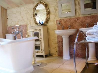 Bateau bath for long soaks