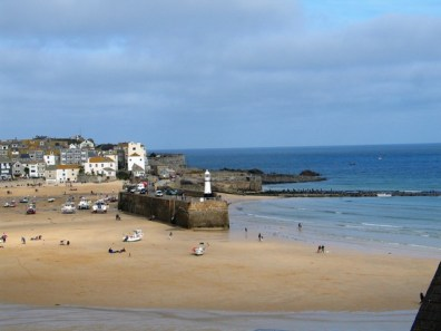 st-ives-harbour at low tide -exploring west cornwall