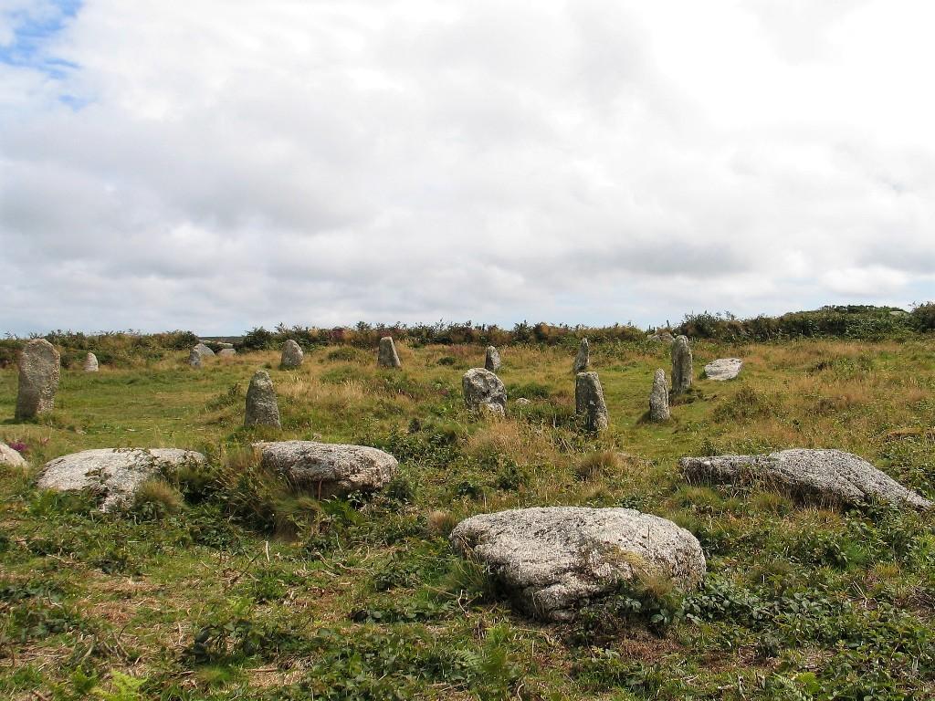 fallen stones Tregeseal circle