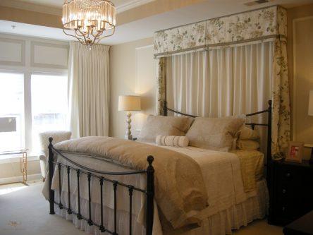Custom bedding with headboard 03