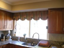 Shaped valance 07