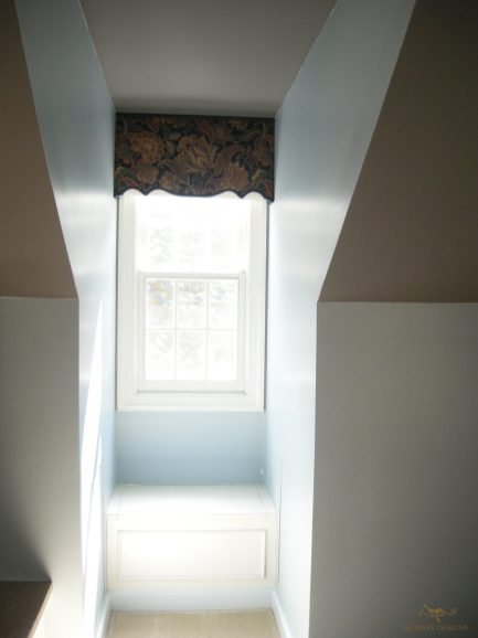 Custom shaped cornice 05