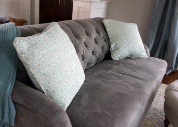 Toss pillow 03
