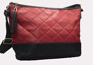 sac a main noir et rouge e dressing des copines