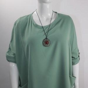 blouse légère et collier e dressing des copines