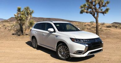 2021 Mitsubishi Outlander PHEV review: A better hybrid, but still hard to recommend