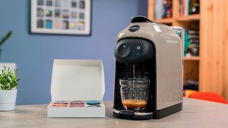 Get £40 off a Lavazza Idola coffee maker – or a free milk frother