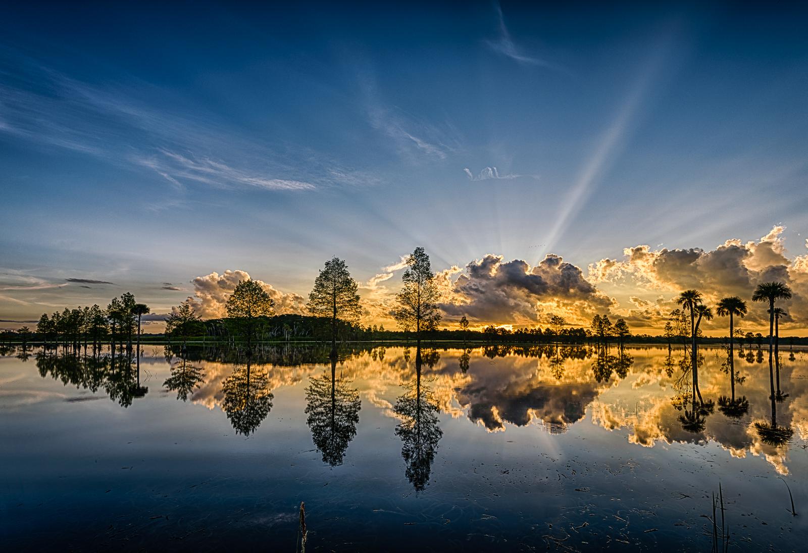 Lake Searcy sunrise