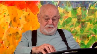 Eric Carle Reads the Very Hungry Caterpillar 🐛