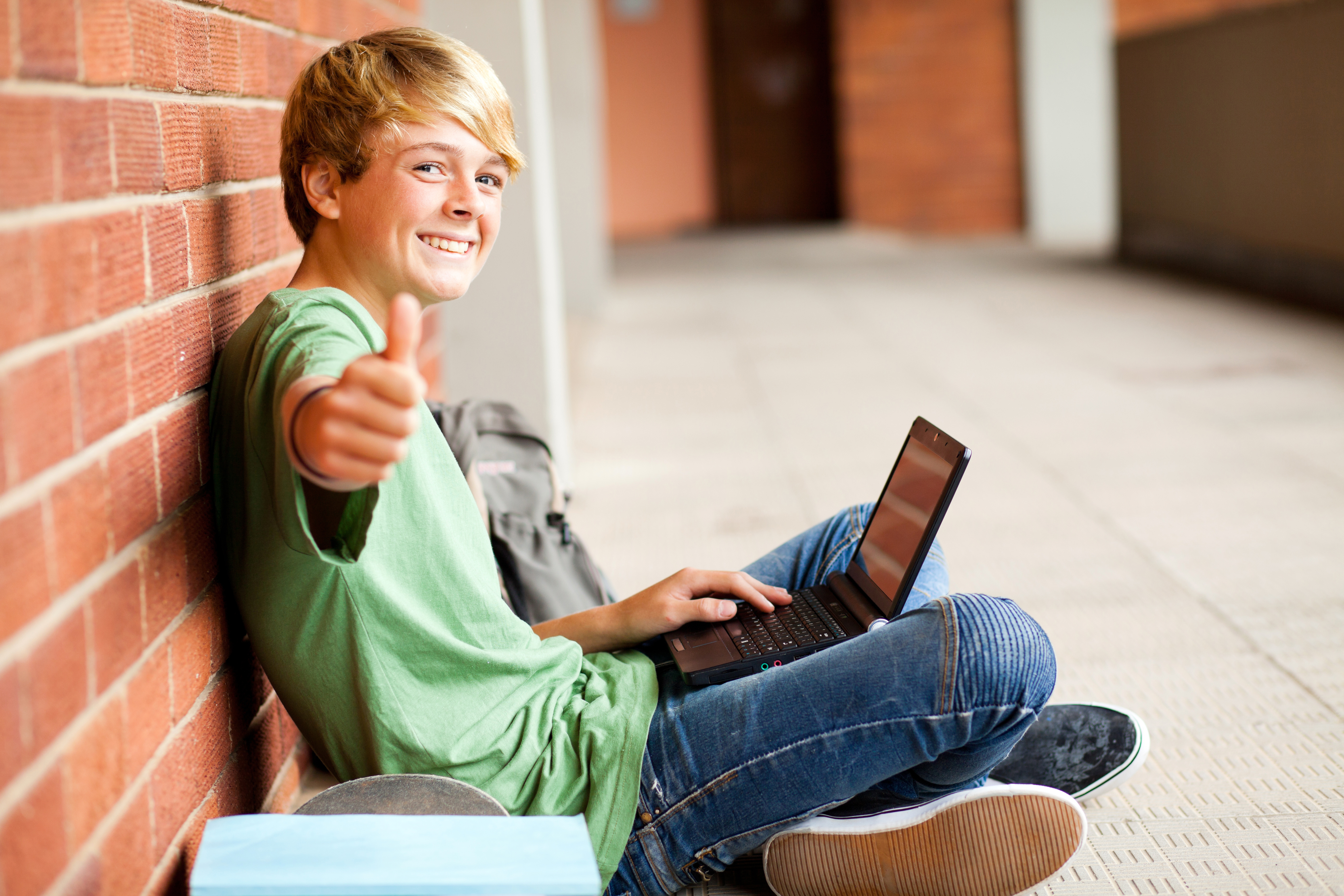 Trending 1 1 Device To Student Ratio Education To Save