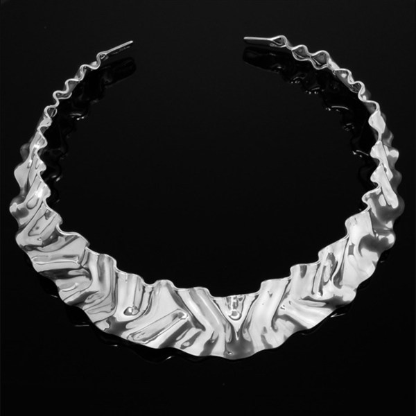 hand wrinkled sterling silver andes choker