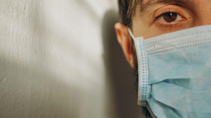 O novo coronavírus pode causar alterações na retina dos pacientes!