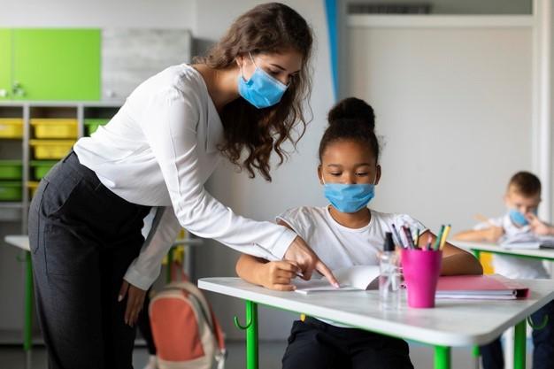 Volta às aulas: saiba o porquê seu filho precisa passar pelo oftalmologista no período escolar