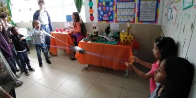 1º ano - Diversão com brinquedos de material reciclável
