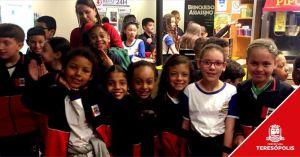 'Escola no Cinema': Alunos da rede municipal assistem ao filme 'O Rei Leão'