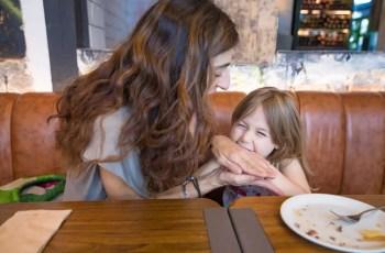 Como lidar com crianças que mordem? 3 dicas para educadores