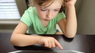crianças autistas e tecnologia