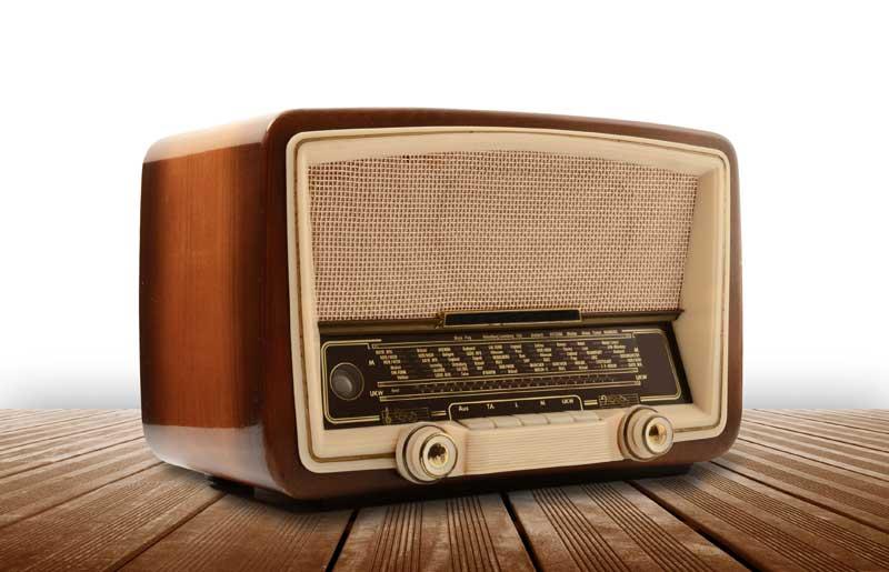 Resultado de imagem para rádio e educaçao