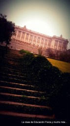 Escaleras de subida al Palacio