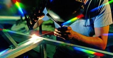 Estudia en la universidad Mecánica Industrial