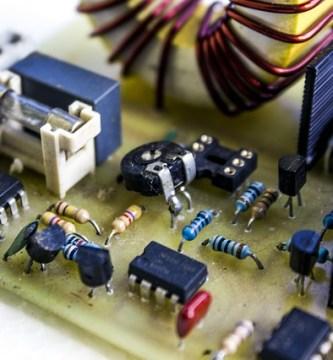 Estudiar en la universidad Tecnología Superior en Electromecánica