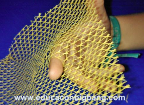 Modelo de elastómero usando red de patatas