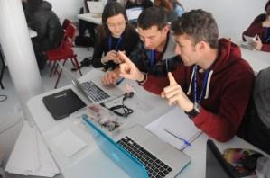 Taller Robótica educativa: ARDUINO EN DOS HORAS Primeras prácticas sencillas para llevar al aula_5