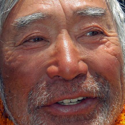 Din nou pe Everest… la 80 de ani