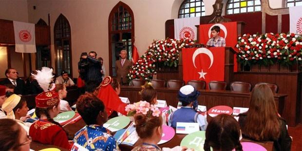 page_23-nisan-kutlamalari-meclis39te-ve-yurt-capinda-basladi_194005055