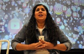 riley-social-media1