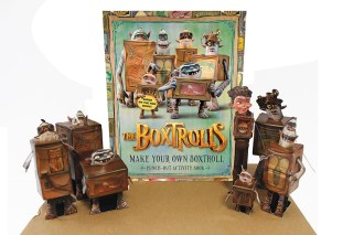 GROUP_MEET_BOXTROLLS_LR