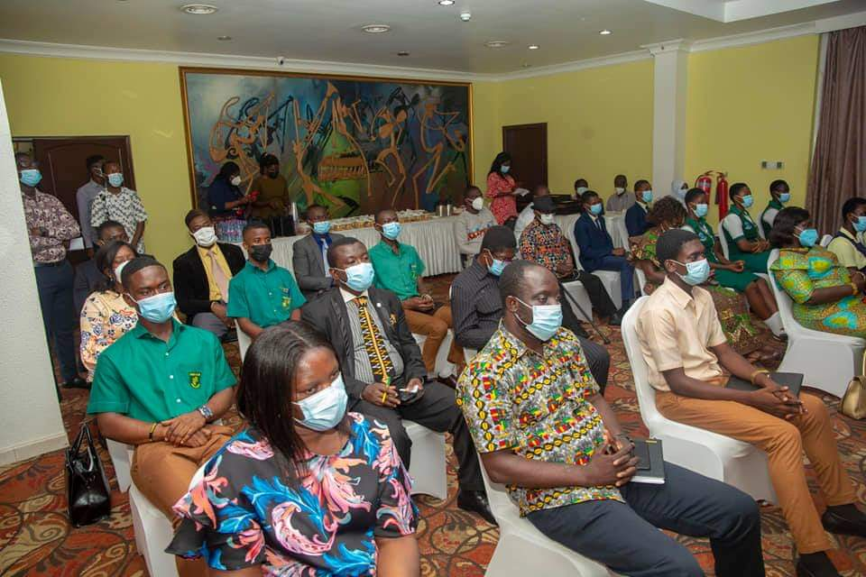 Adutwum presents Citations to 12 SHSs in Ashanti Region over Excellent Performance in WASSCE 2